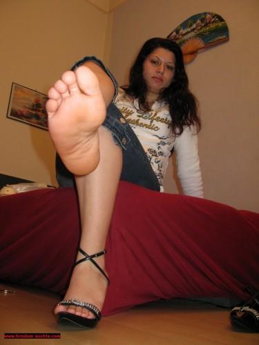 Foot Play 75